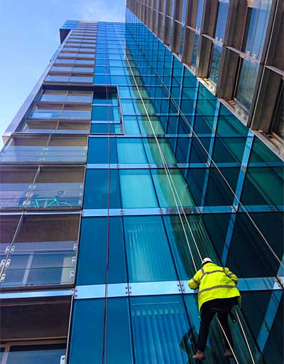 Glass inspection using abseil access