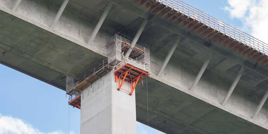 Access platform for bridge inspection