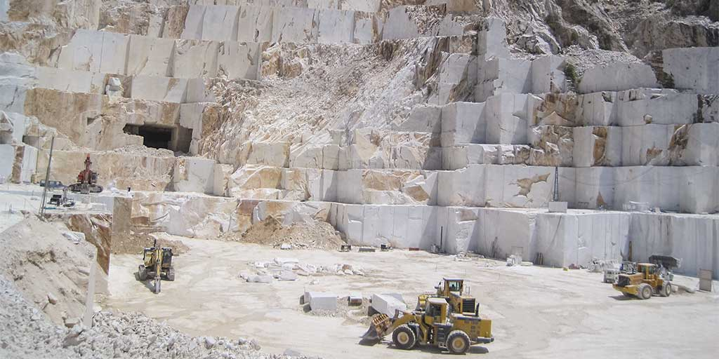 Building stone quarry