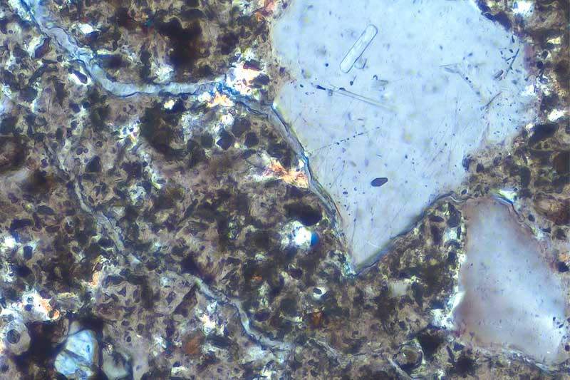 Concrete petrography testing - thin slice