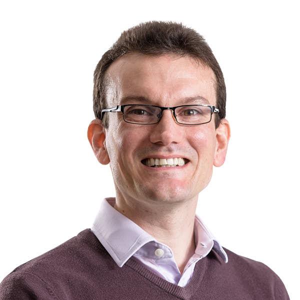 Dr Ewan Maclean