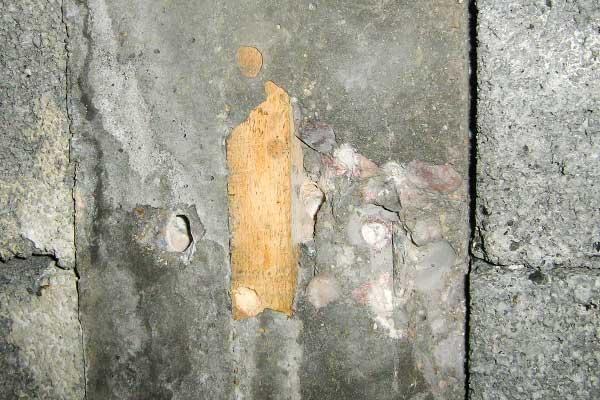 Pierhead X7 HAC concrete joist with timber fillet cast into soffit